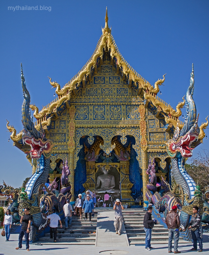 Wat Rong Seua Ten-The Blue Wat