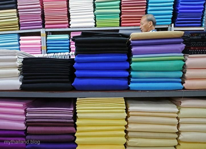 Shopping for Thai Silk