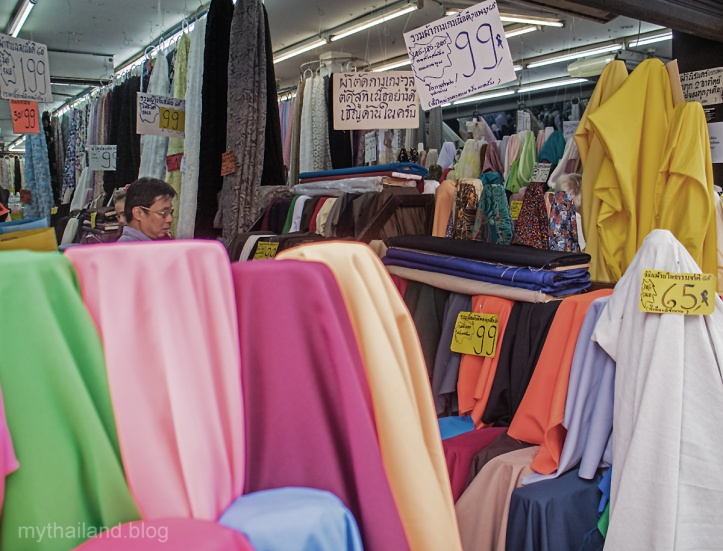 Great Bargains at the Chiang Mai Garment District